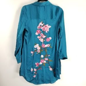 Soft surroundings floral embroidered tunic small